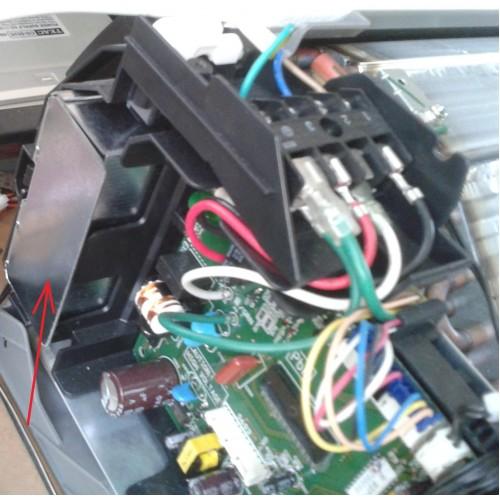 Adaptér S403 detail umiestnenia v klimatizačnej jednotke
